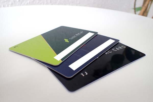 消費者金融のローンカード